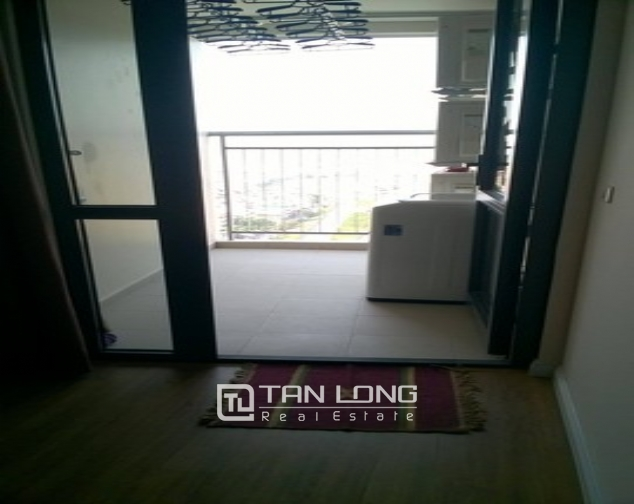 Modern and nice 2 bedroom apartment for rent in Mipec Riverside, Long Bien district 9