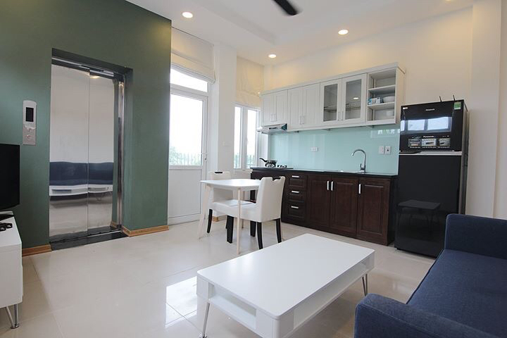 MODERN apartment for rent in Au Co street