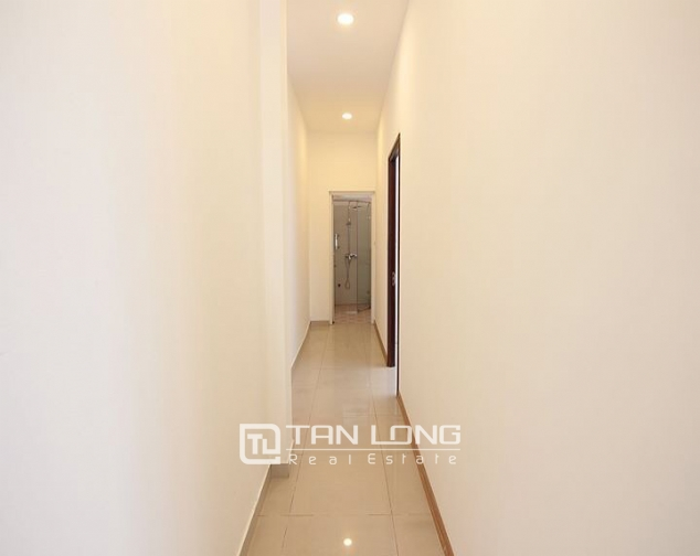 MODERN apartment for rent in Au Co street 10