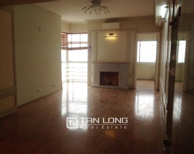 Modern apartment with 3 bedrooms to sell in P1 Ciputra, no furnishing 1