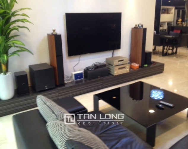 Modern apartment with 3 beds/ 2 baths in P2 Ciputra, Tay Ho, Hanoi 2