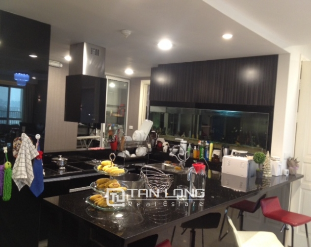 Modern apartment with 3 beds/ 2 baths in P2 Ciputra, Tay Ho, Hanoi 5
