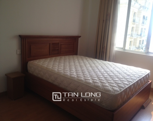 Modern, basic furnished 3 bedroom apartment for sale in G3 Ciputra Hanoi 4