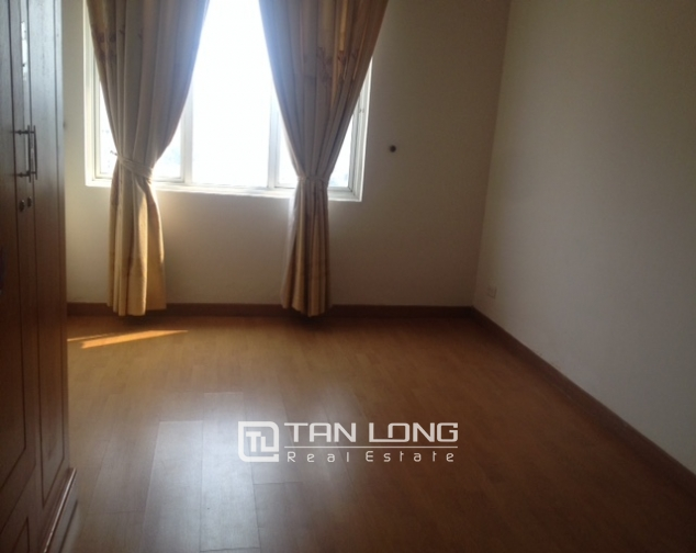 Modern, basic furnished 3 bedroom apartment for sale in G3 Ciputra Hanoi 9