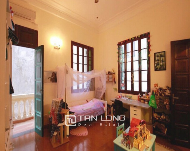 Modern designed house rental in Tay Ho district, Hanoi. 4