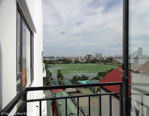 Modern duplex apartment with 2 bedrooms for rent in Dang Thai Mai, Tay Ho, Hanoi 5