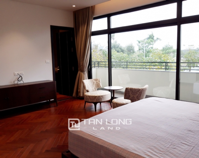 Modern single villa for rent in one of the hottest urban in Tay Ho Tay - Starlake! 8