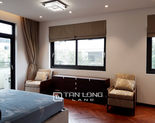Modern single villa for rent in one of the hottest urban in Tay Ho Tay - Starlake! 9