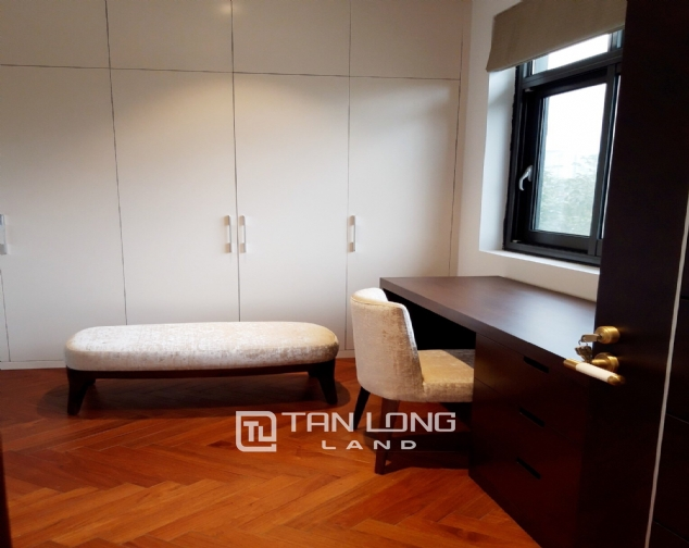 Modern single villa for rent in one of the hottest urban in Tay Ho Tay - Starlake! 10