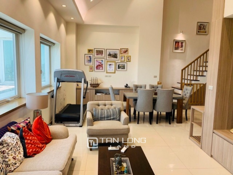 Modish 3 bedroom penthouse duplex for rent in E1 tower Ciputra Tay Ho 1