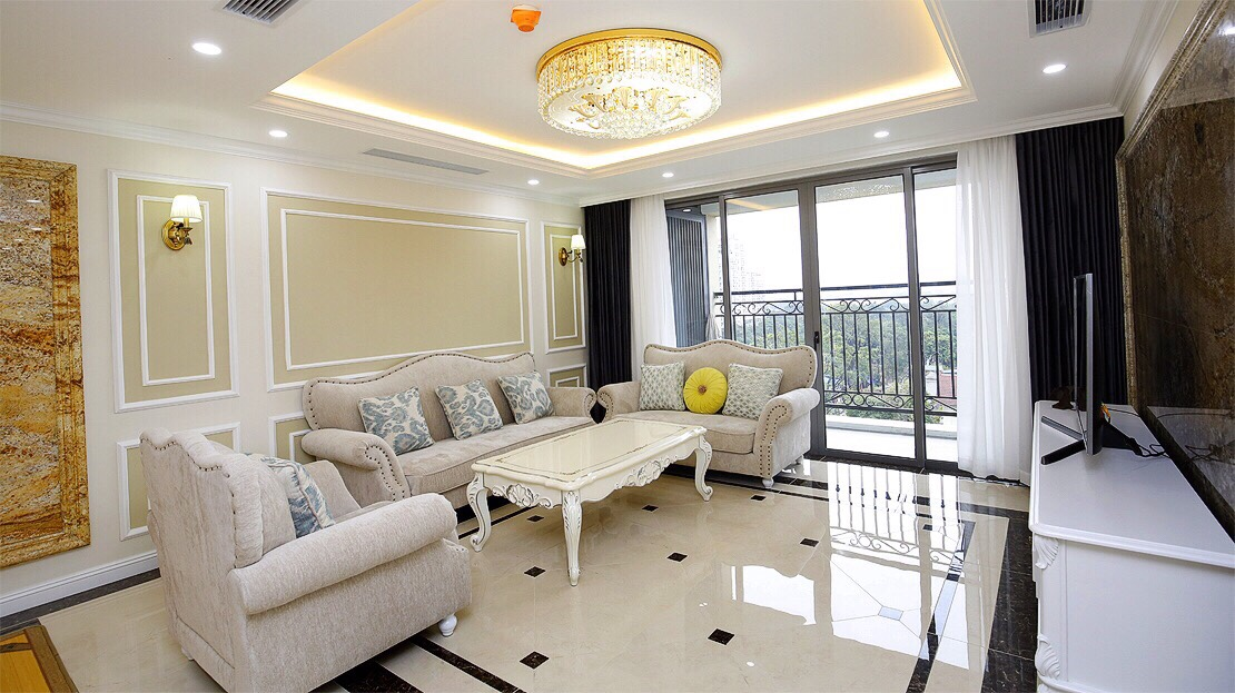 Neoclassical 3 bedroom apartment in De Le Roi Soleil Quang An