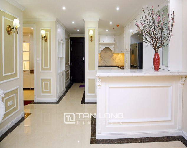 Neoclassical 3 bedroom apartment in De Le Roi Soleil Quang An 5