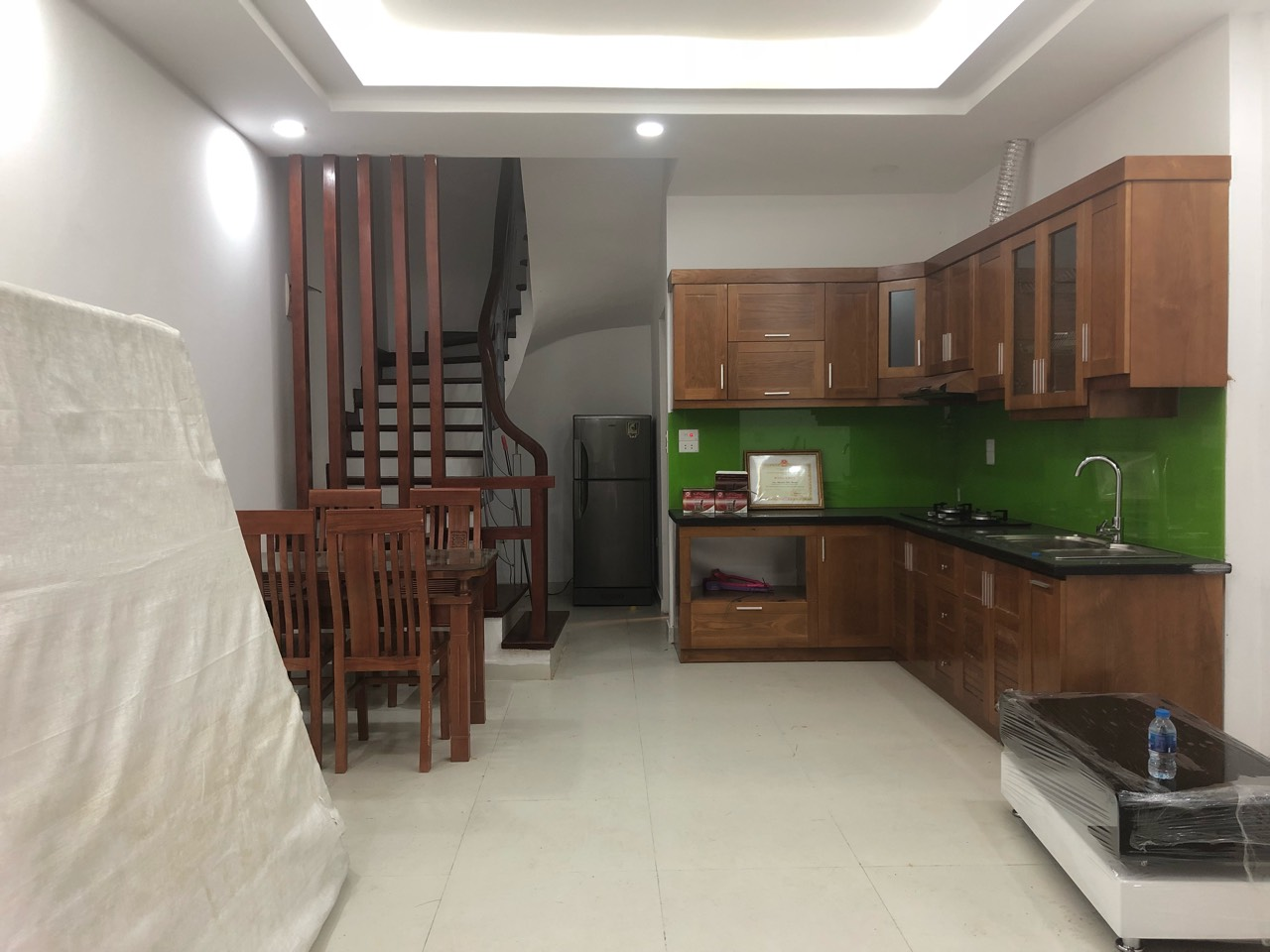 New house for rent in Dang Thai Mai street, Tay Ho district!