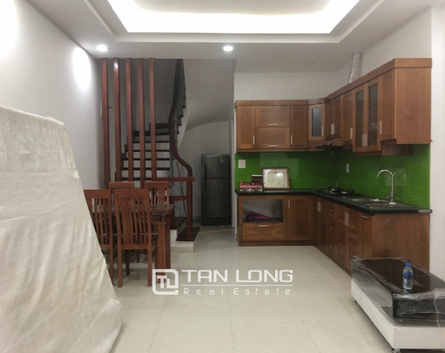 New house for rent in Dang Thai Mai street, Tay Ho district! 1