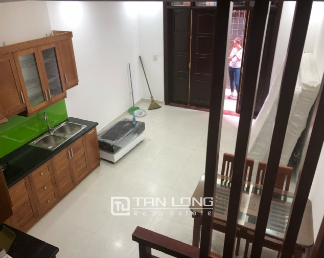 New house for rent in Dang Thai Mai street, Tay Ho district! 3