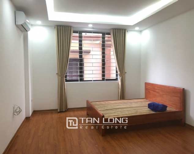 New house for rent in Dang Thai Mai street, Tay Ho district! 7