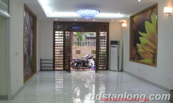 New house for rent in Tay Ho street, Tay Ho district 4