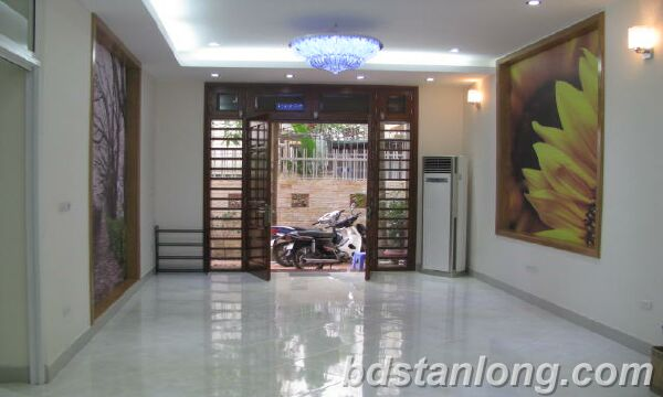 New house for rent in Tay Ho street, Tay Ho district