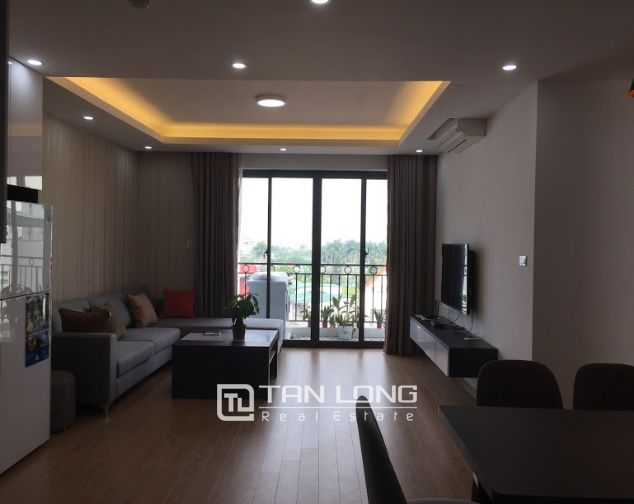 New Serviced apartment for rent on Au Co street, facing Nhat Tan bridge 2