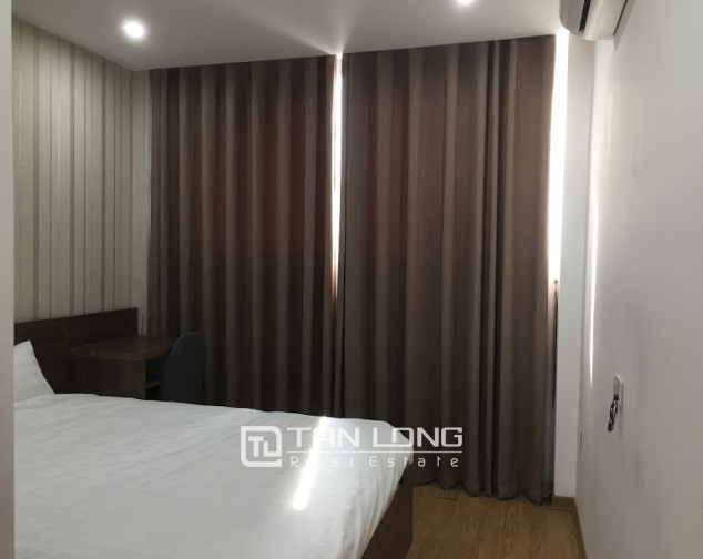 New Serviced apartment for rent on Au Co street, facing Nhat Tan bridge 5