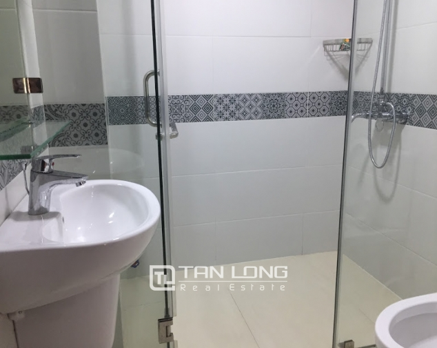 New Serviced apartment for rent on Au Co street, facing Nhat Tan bridge 8
