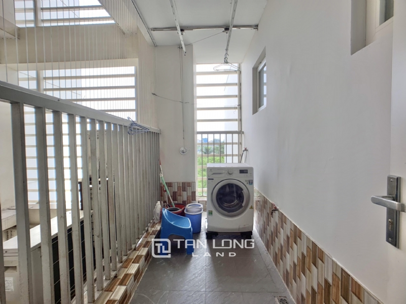 Newly renovated 3 bedroom apartment for rent in L2 Tower Ciputra Tay Ho Ha Noi 1