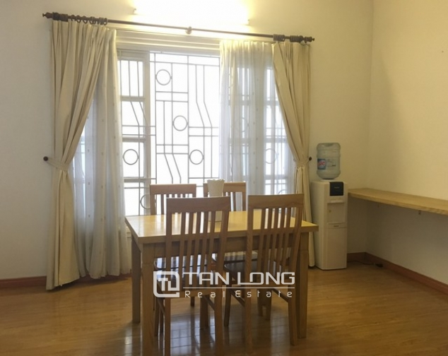 Nice 1 bedroom apartment on Yen Hoa Street, Tay Ho district 3