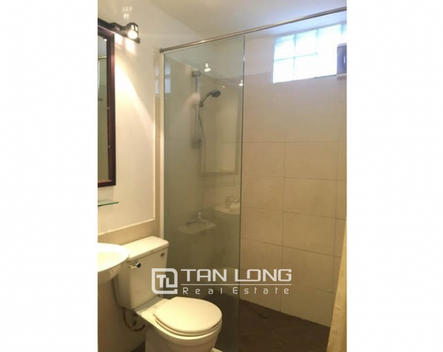 Nice 1 bedroom apartment on Yen Hoa Street, Tay Ho district 8