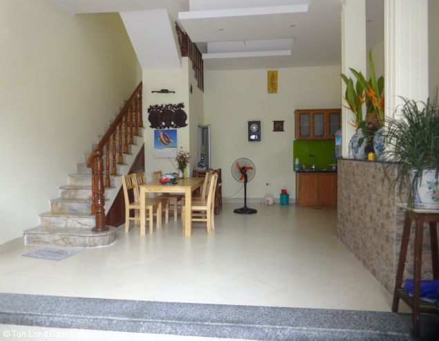 Nice 1 bedroom apartment with new furniture for rent in Nghi Tam, Tay Ho, Hanoi 1