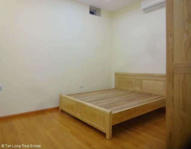 Nice 1 bedroom apartment with new furniture for rent in Nghi Tam, Tay Ho, Hanoi 6
