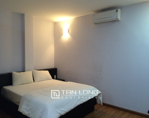 Nice 1 bedroom serviced apartment in Trung Kinh, Cau Giay for lease 2