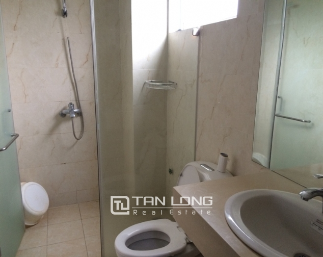 Nice 1 bedroom serviced apartment in Trung Kinh, Cau Giay for lease 5