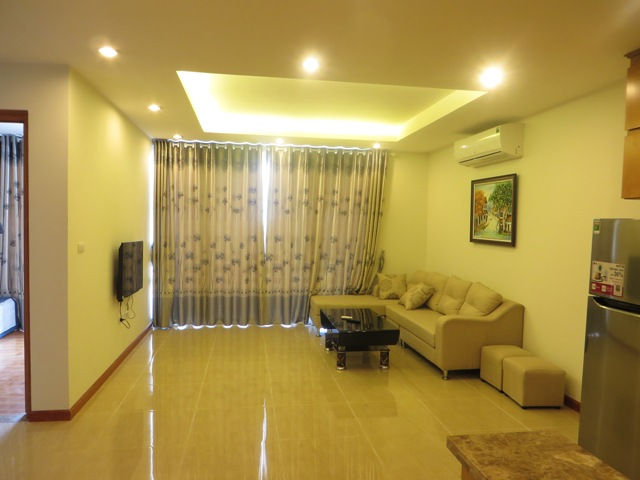 Nice 2 bedroom apartment for lease in 450 Lac Long Quan, Tay Ho, Hanoi