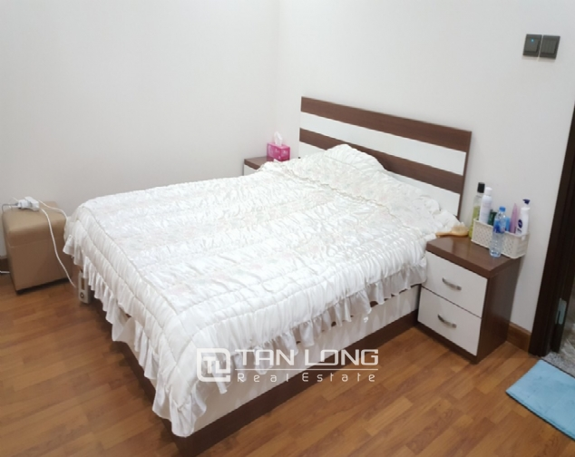 Nice 2 bedroom apartment for rent in Home City Trung Kinh 4