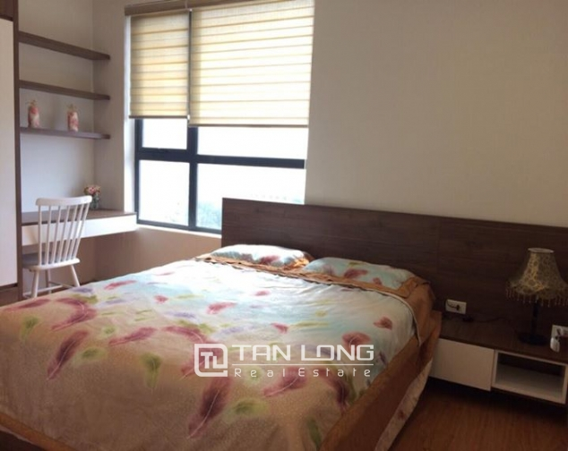 Nice 2 bedroom apartment for rent in Hong Kong Tower 5