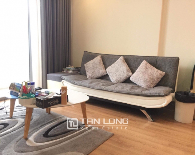 Nice 2 bedroom apartment for rent on 12nd floor Vinhomes Nguyen Chi Thanh 1