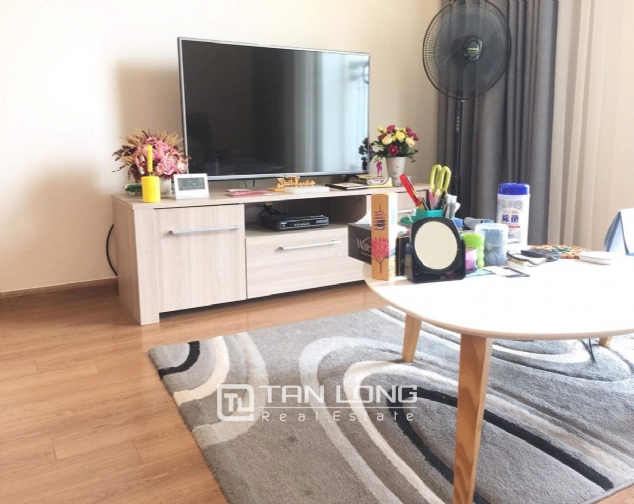 Nice 2 bedroom apartment for rent on 12nd floor Vinhomes Nguyen Chi Thanh 2