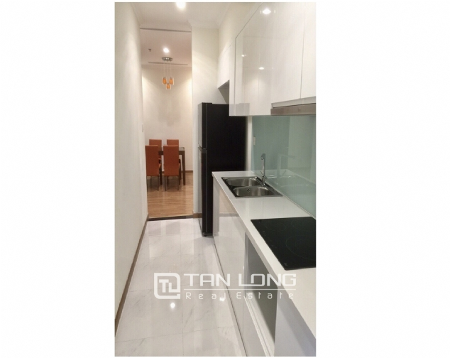 Nice 2 bedroom apartment for rent on 12nd floor Vinhomes Nguyen Chi Thanh 4