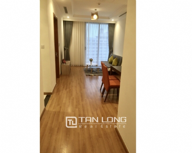 Nice 2 bedroom apartment for rent on 12nd floor Vinhomes Nguyen Chi Thanh 8
