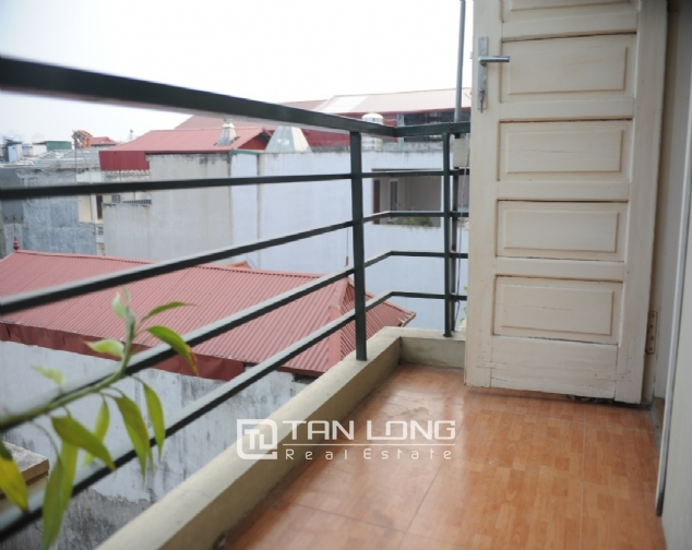 Nice 2 bedroom serviced apartment for rent in Nguyen Khang, Cau Giay dist 6