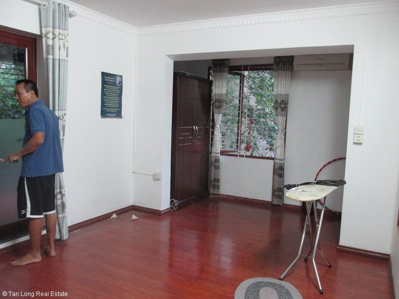 Nice 3 bedroom apartment for rent in Van Bao lane, Ba Dinh, Hanoi 7