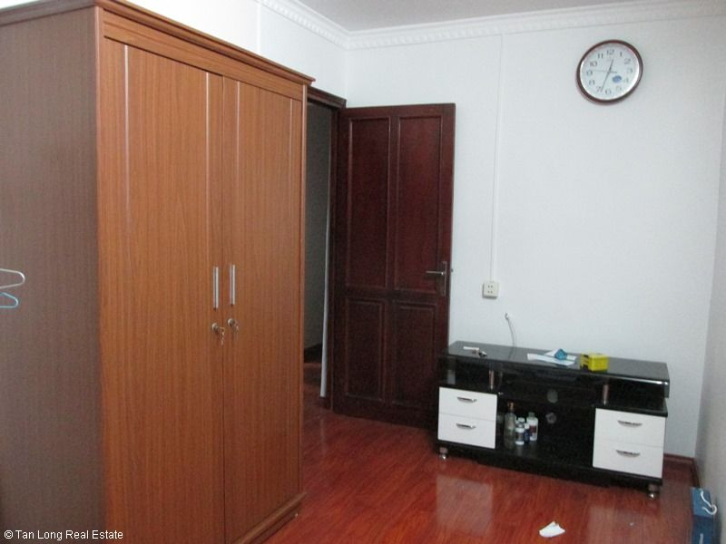 Nice 3 bedroom apartment for rent in Van Bao lane, Ba Dinh, Hanoi 8