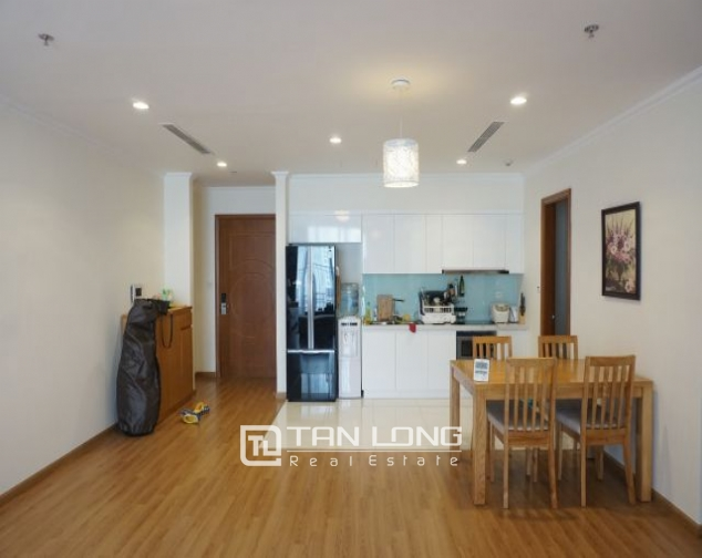 Nice 3 bedroom apartment for rent in Vinhomes Nguyen Chi Thanh 2