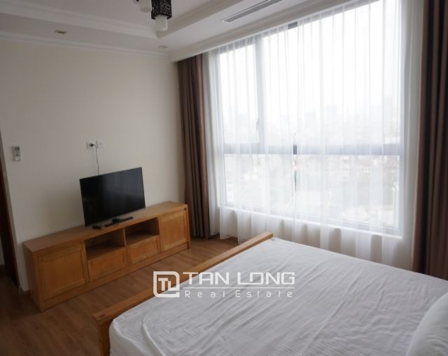 Nice 3 bedroom apartment for rent in Vinhomes Nguyen Chi Thanh 6