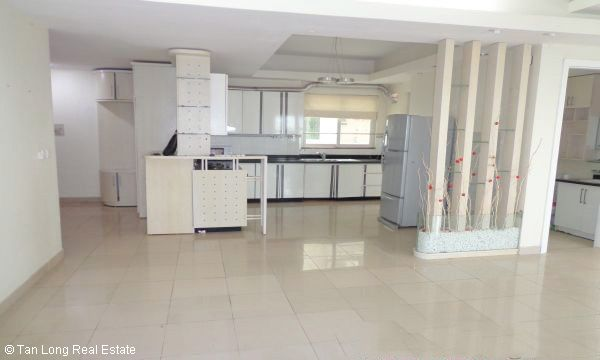 Nice 3 bedroom apartment for sale in E4 Ciputra, Tay Ho, Hanoi 1
