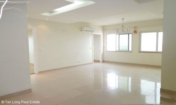 Nice 3 bedroom apartment for sale in E4 Ciputra, Tay Ho, Hanoi 3