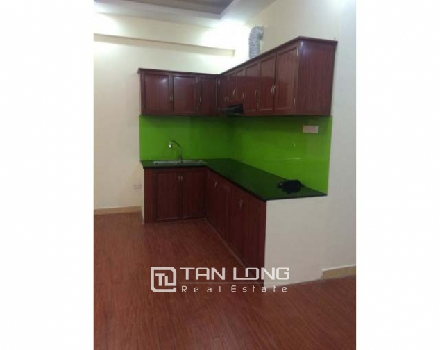 Nice 3 bedroom apartment with basic furniture for rent in Doi Nhan, Ba Dinh, Hanoi 1