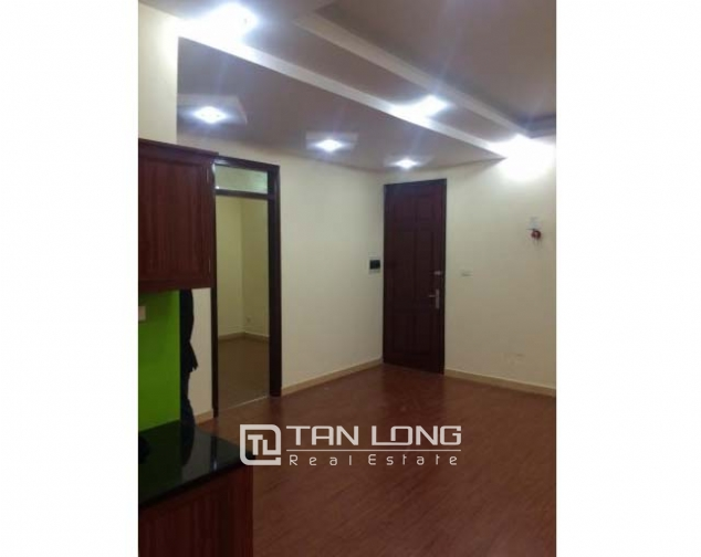 Nice 3 bedroom apartment with basic furniture for rent in Doi Nhan, Ba Dinh, Hanoi 2