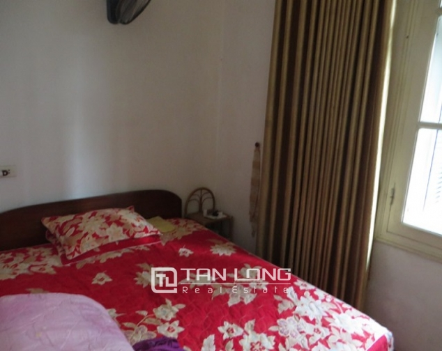 Nice 3 storey villa with big courtyard for rent in Tong Duy Tan, Ba Dinh, Hanoi 5