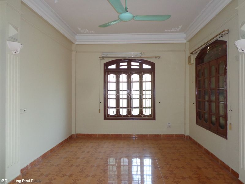 Nice 4 storey house rental in Doi Can, Ba Dinh, Hanoi 9